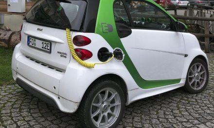 Las matriculaciones de vehículos 100×100 eléctricos aumentaron más de un 44% en 2020