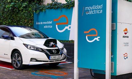 Repsol planea ofrecer a sus clientes un punto de recarga rápida cada 50 km